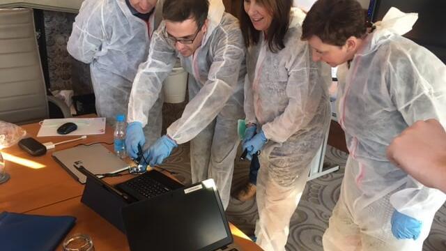 Team building CSI Experience Game 7