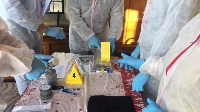 Team building CSI Experience Game 8