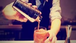 cocktails making 3