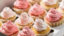 Cupcake Decorating Featured
