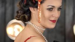 Great Gatsby - lady