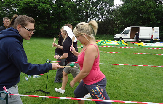10 of the Best Physical Team Building Activities You Won't Believe!